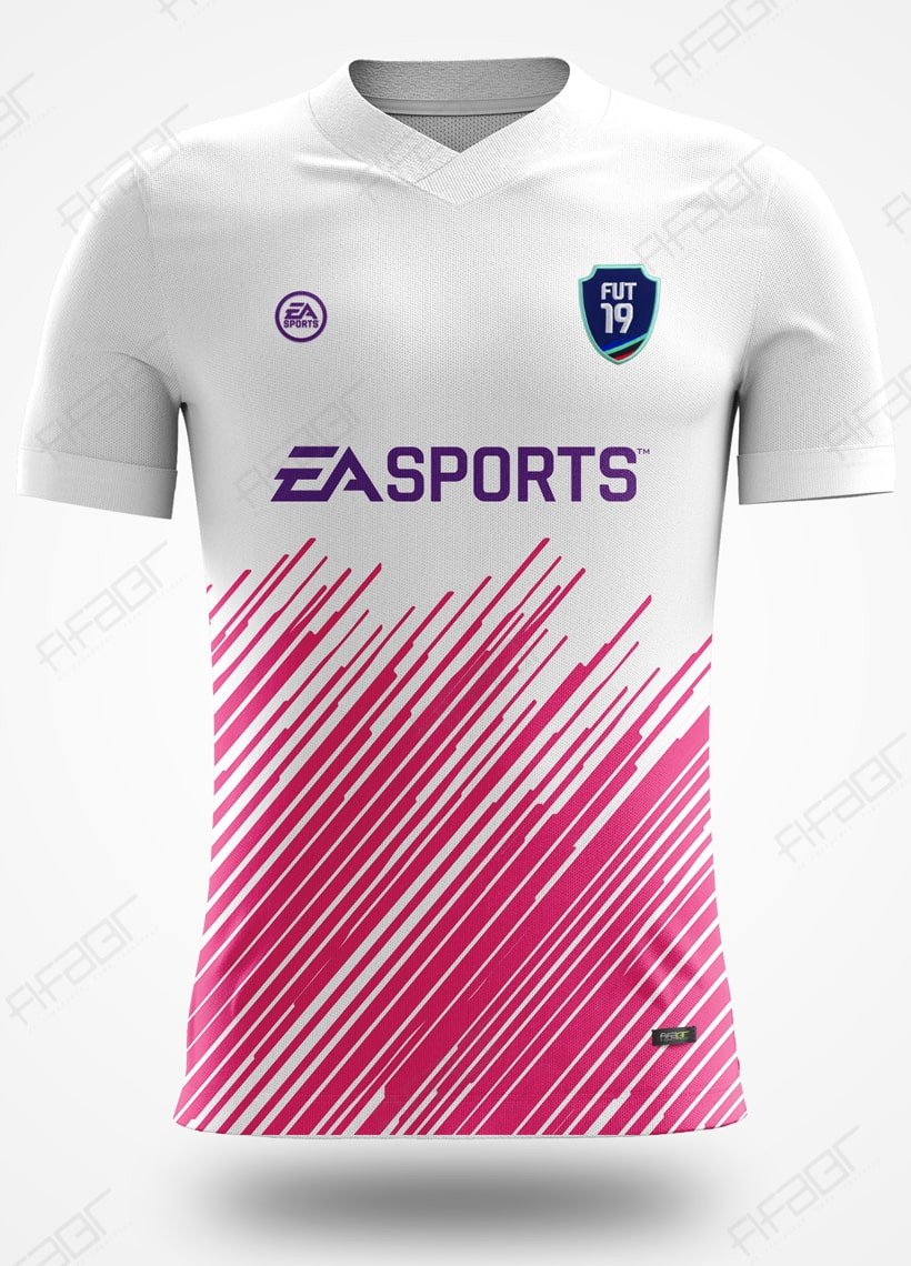 Camisa Ultimate Team Fut 18 Team Of The Week Branca e Rosa